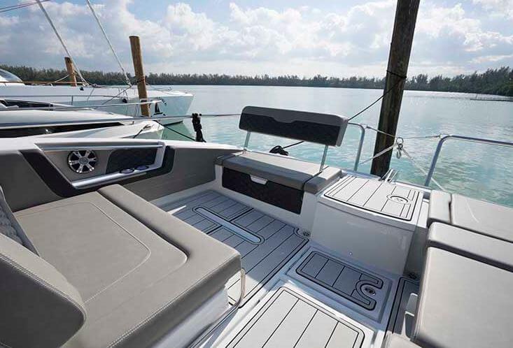 Aqulia36 Luxury Yatch Phuket
