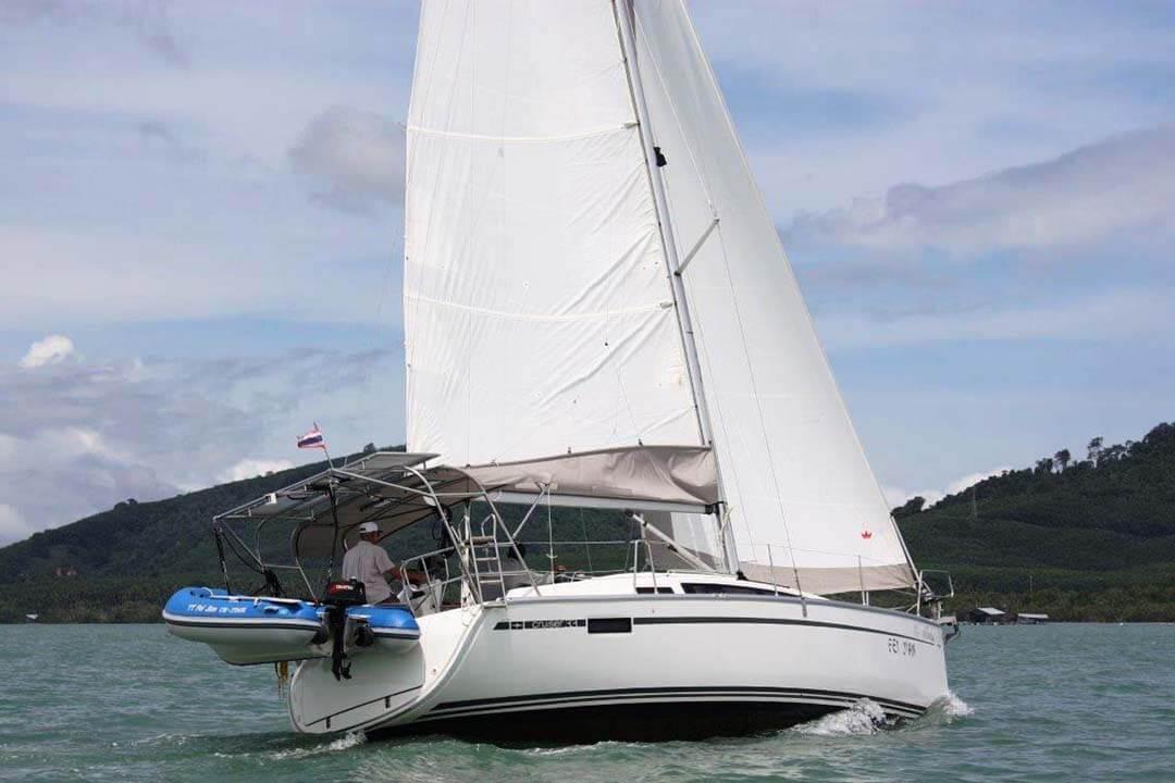 Bavaria 33C sailing charter boat Phuket