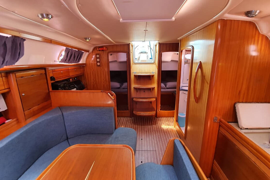 Bavaria 39C saloon charter boat Phuket
