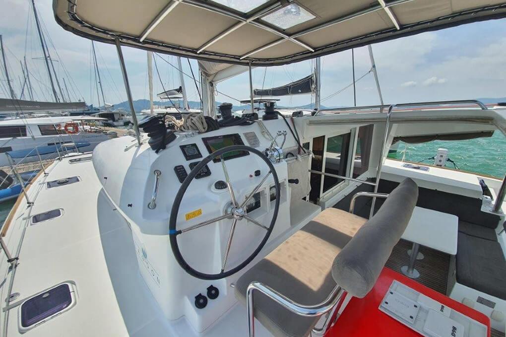 Lagoon 400 S2 helm charter catamaran Phuket