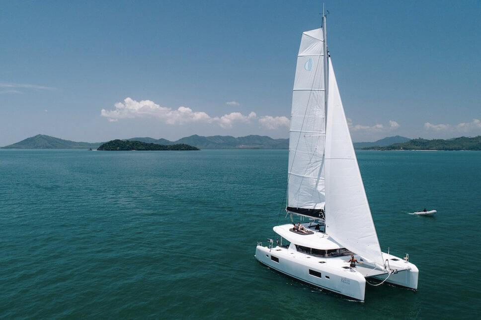 Lagoon42 Sailing