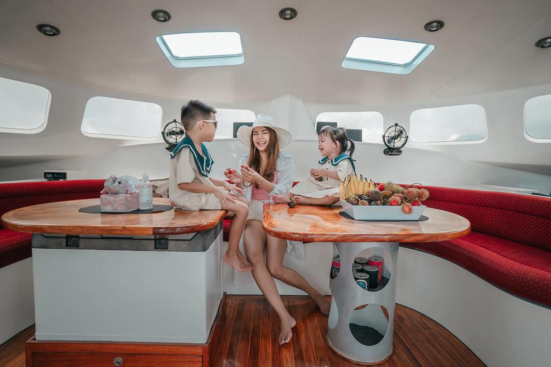 Mumby 48 Saloon boat charter Phuket