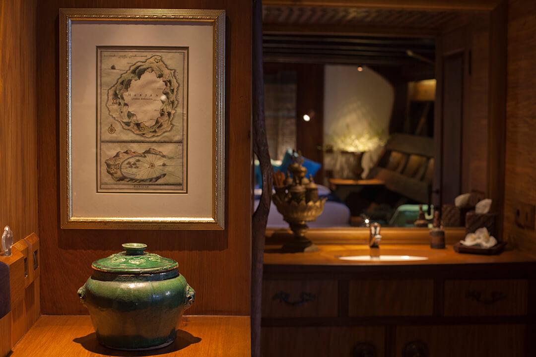 Si Datu Bua Luxury Yacht Bali Indonesia