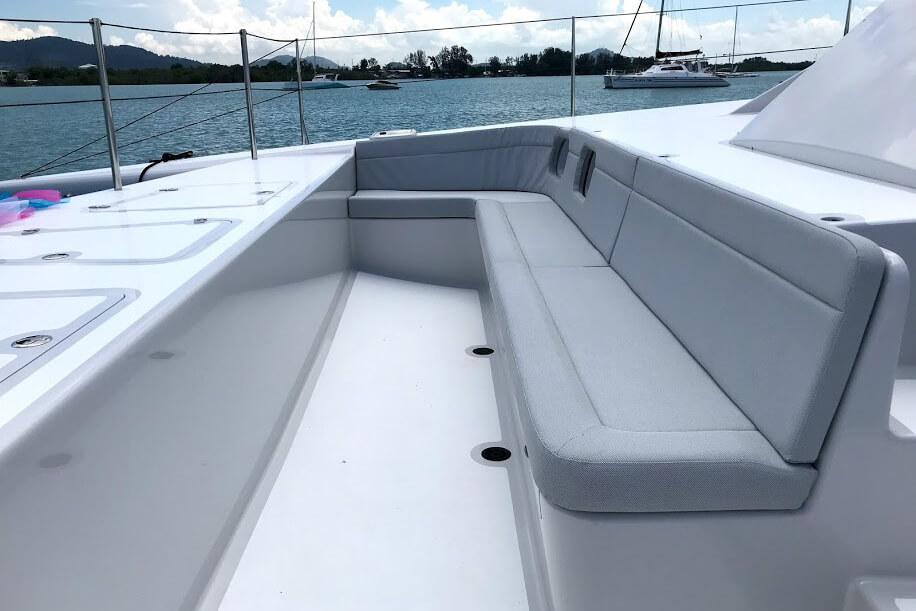 Stealth 47 rent a boat Phuket