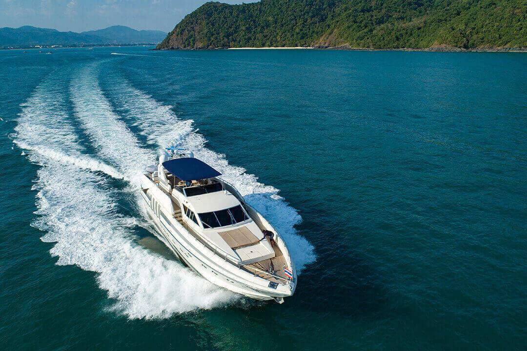 Technema 82 Luxury Similan and Surin islan cruise