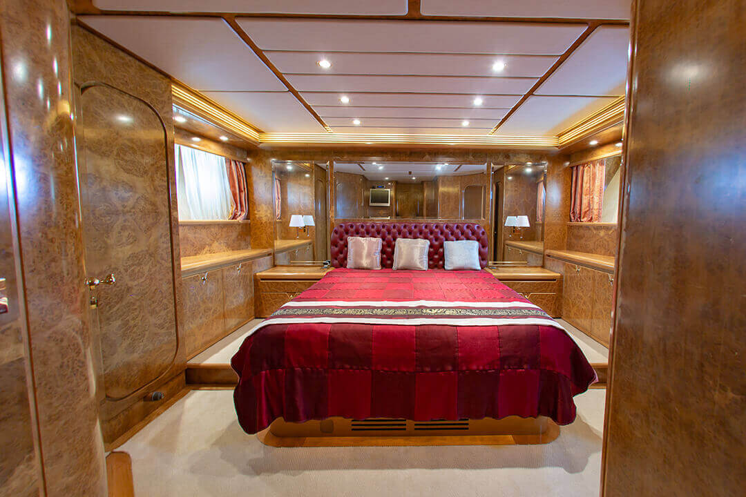 Technema 82 Phuket Luxury Day Charter