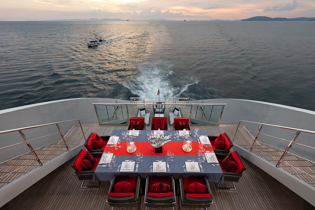 10_Dining_Deck_Angle_1_Final