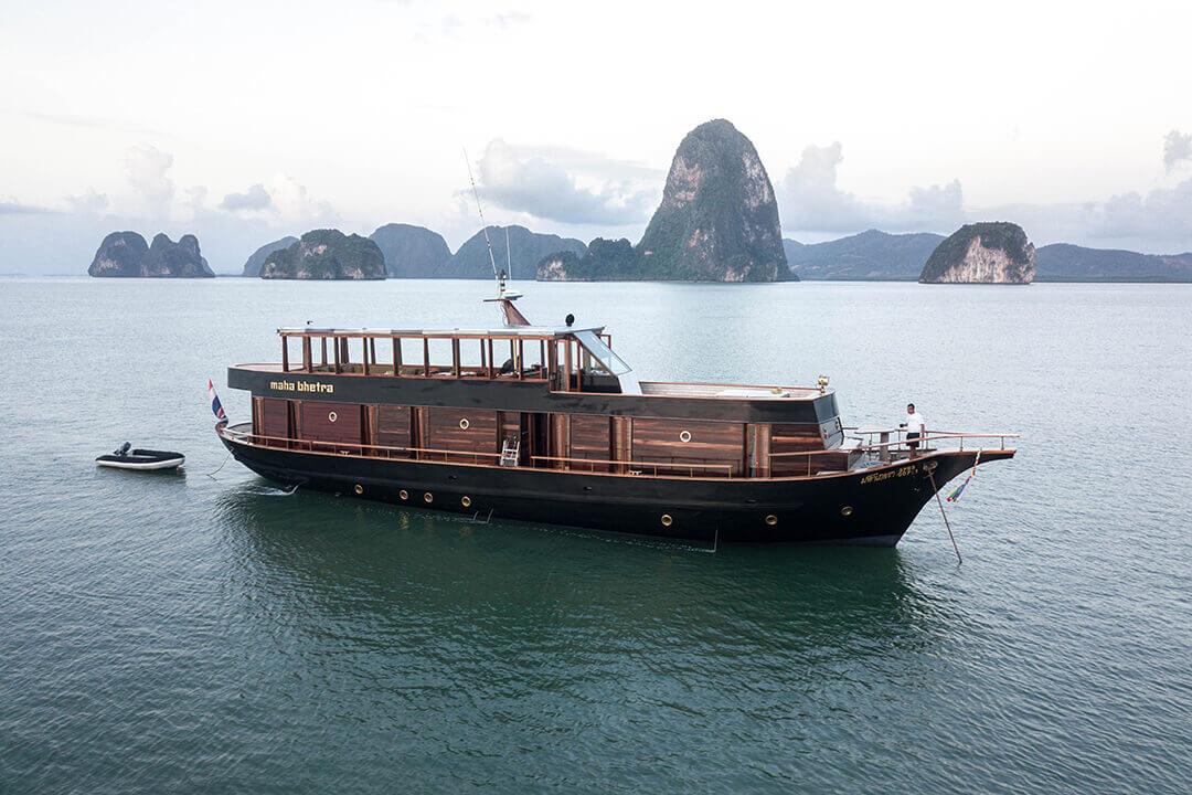 Maha Behtra_ Thailand luxury boat